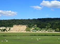Classic pic of Chatsworth House