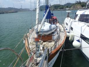 Rafting up